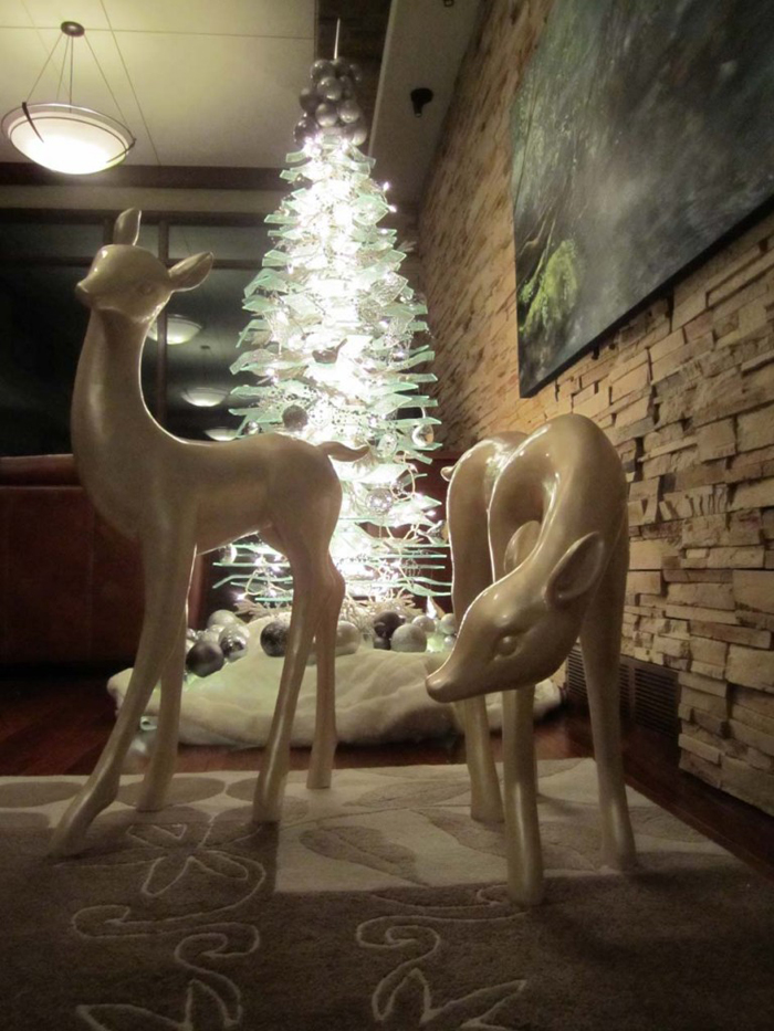 Kasian-Glass-Christmas-Tree-Installed-with-dear-768x1024