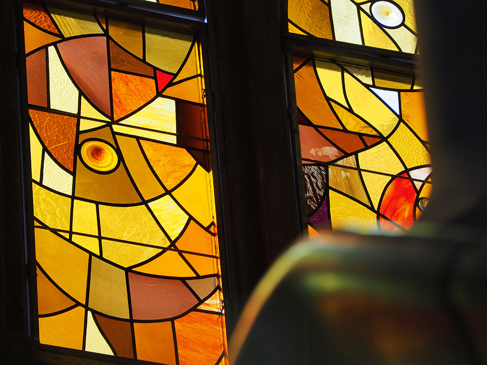 vitrales de la Sagrada Familia de Barcelona Joan Vila Grau Gaudi Objetos con Vidrio