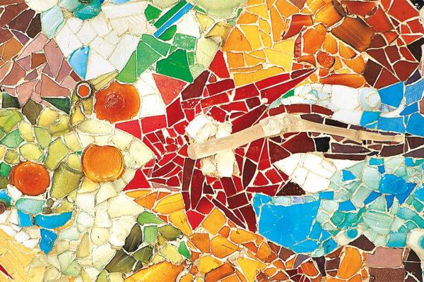 Medallón Park Güell Jujol Barcelona Gaudí