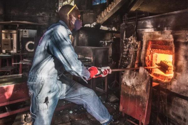 Kitengela Hot Glass Anzelm Croze Nairobi, Kenia